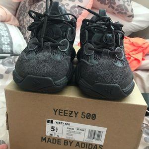 "wholesale dealer 93702 903a0 Yeezy 500 ""Utility Black"""